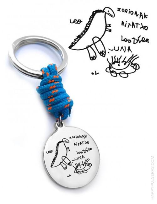 regalo original llavero para hombre de acero y cordón náutico , con medalla para grabar un dibujo