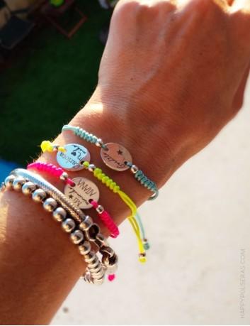 jewelry online pulsera colores flúor para verano. Pulsera de la suerte.