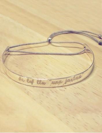 pulsera brazalete plata de ley rígida grabada con tu nombre