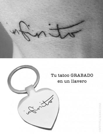 llavero de acero personalizado grabado con el dibujo de un tatoo. Grabado tu tatuaje o el de tu pareja en un llavero.