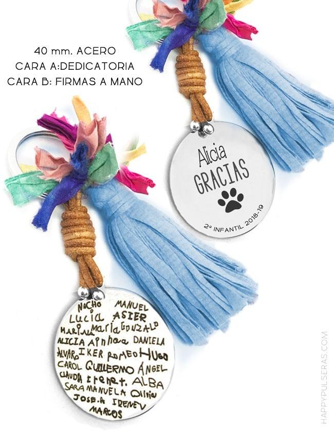 llavero de acero personalizado para profesores con dedicatoria y nombres de los niños escritos por ellos