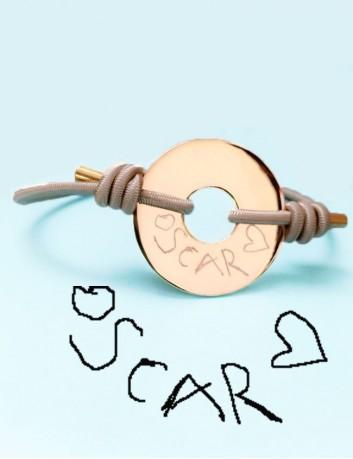 pulsera cordón elástico con donut baño oro grabado con dibujo o escrito personalizado