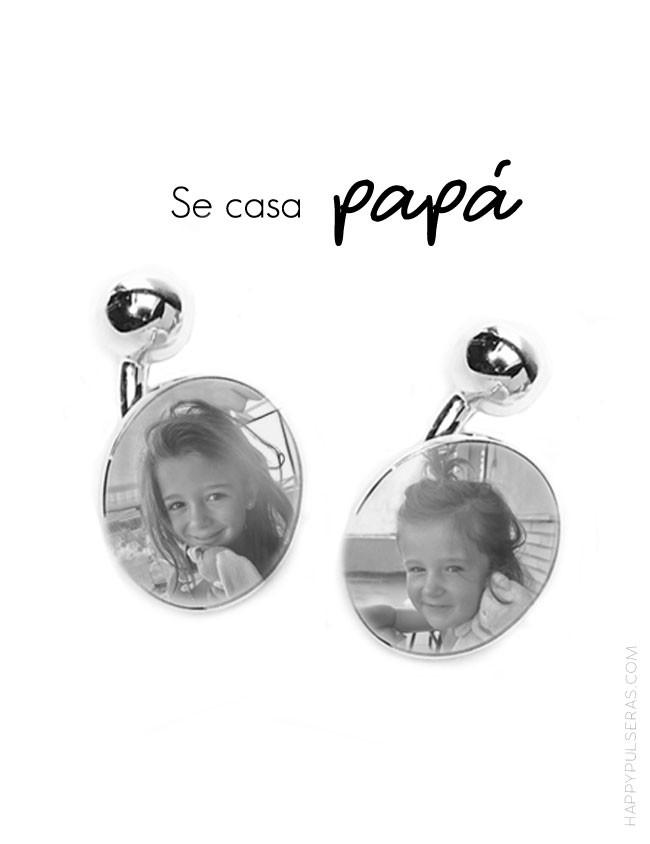 Regala a papá unos gemelos de plata con las fotos de cuando erais pequeñas, le encantará.