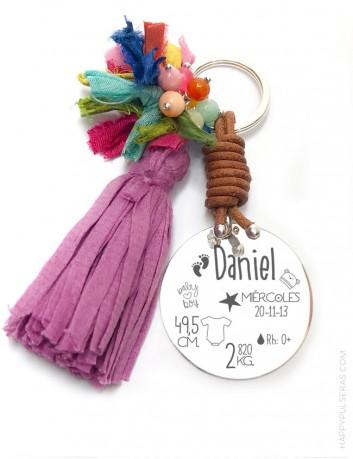 Llavero de plata natalicio, regalo original para regalar a un bebé recién nacido. Pompón de colores a elegir.
