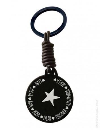 compra nuestros llaveros únicos grabados, hechos a mano en nuestra joyería online de regalos personalizados.