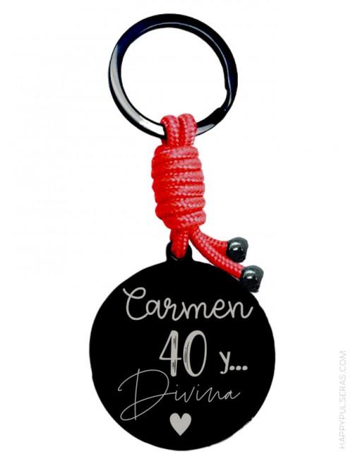 Llavero personalizado para el 40 cumpleaños- Llaveros grabados originales- Happypulseras.com