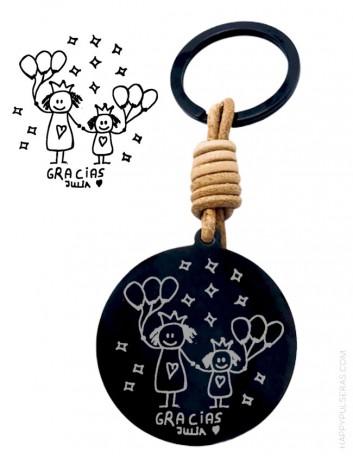 Regala un llavero grabado con el dibujo de tu pequeña artista... Joyería online de regalos personalizados- happypulseras.com