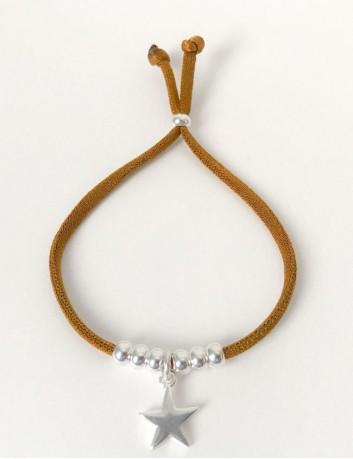 Pulsera cordón elástico seda de colores con bolitas baño plata y charm estrella, plata, oro