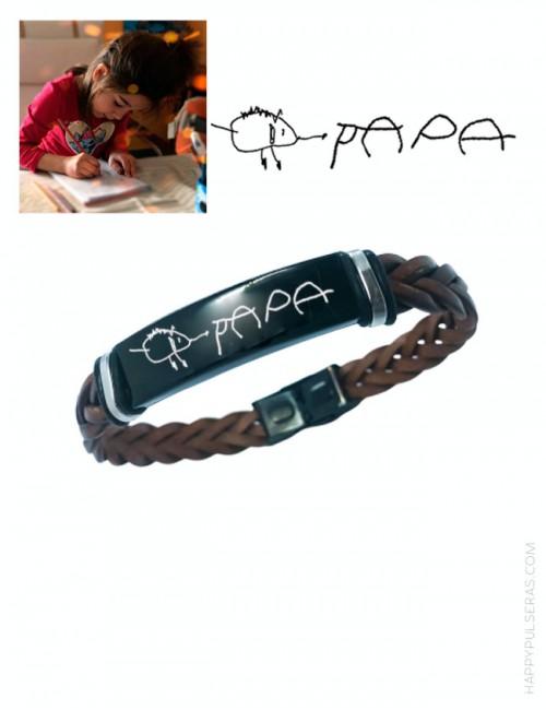 Pulsera de cuero y acero para papá grabada con dibujo de tu hijo, regalo original para papá en happypulseras