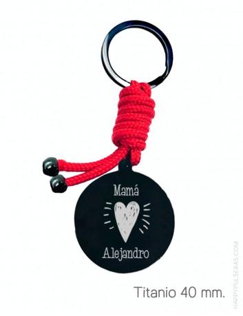 Regala a mami un llavero personalizado para ella, grabamos una dedicatoria y eliges el color del cordón. Happypulseras
