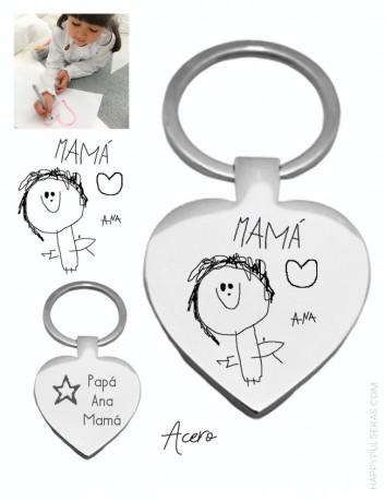 regalo personalizado para mamá, llavero corazón con dibujo grabado. Happypulseras