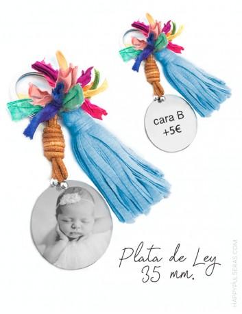 llavero pompón con medalla de plata grabada con foto- regalos personalizados para mamá Happypulseras