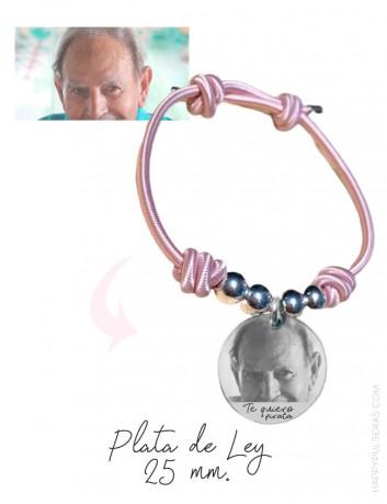 Graba tus fotos favoritas sobre medallas de plata. Para siempre. happypulseras.com joyería online de regalos personalizados