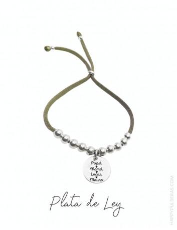 Pulsera para mamá personalizada con medalla de plata grabada con dedicatoria a su gusto. Verde olivo.