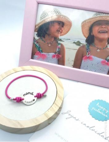 Pulsera personalizada para mamá grabada con dedicatoria con diseño en Happypulseras.com