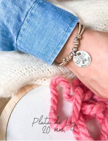 Pulsera personalizada con medalla de plata grabada con dedicatoria con diseño, Happypulseras