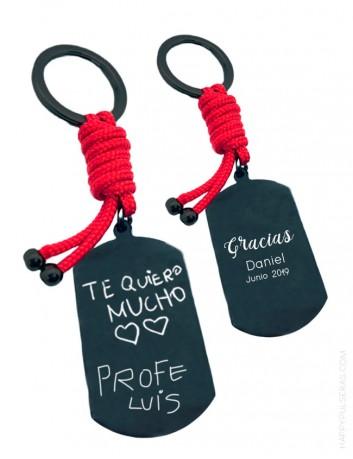 Llaveros personalizados para maestros. Regalo práctico personalizado en Happypulseras.