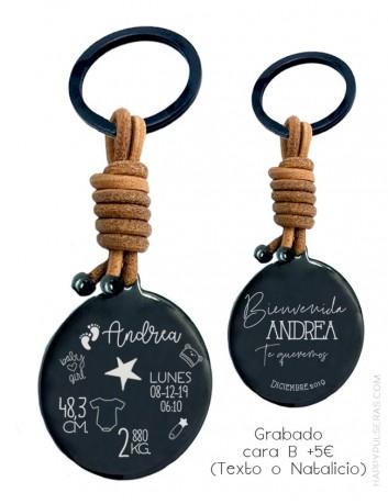 Llaveros personalizados con grabados especiales, llaveros natalicios en Happypulseras.com