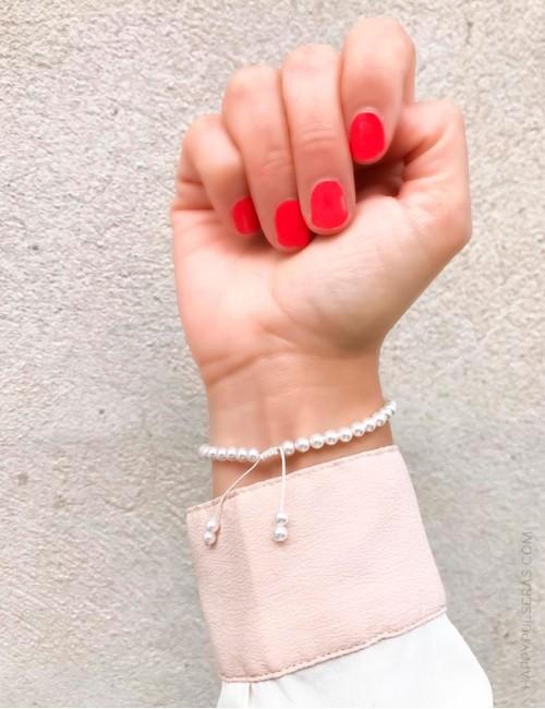 Pulsera de perlitas con cruz de plata con nombre- Happypulseras