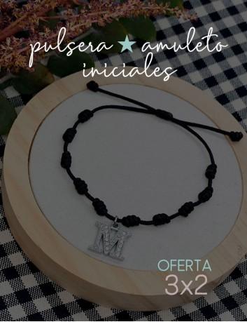 Pulsera amuleto Happy de nudos con iniciales personalizadas, a elegir el color de del cordón e inicial. Oferta 3x2