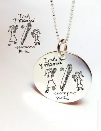 Grabamos tus dibujos o escritos a mano en medallas de plata con cadena de bolitas de plata- Happypulseras.