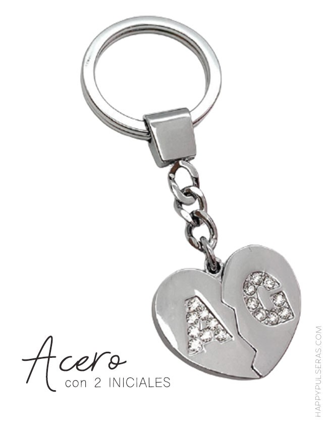 Llavero de acero en forma de corazón con 2 iniciales que te gusten. Happyllaveros.