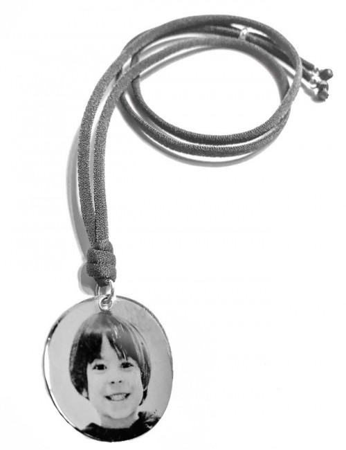 collar con medalla colgante grabada una foto. Happy pulseras, accesorios básicos grabados con fotos, firmas, dibujos