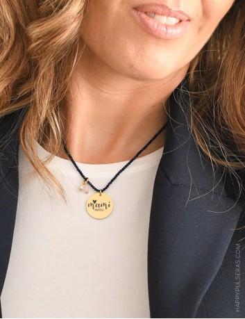 Collares de piedras naturales con medalla dorada para escribir la dedicatoria que quieras. Regalos especiales en Happypulseras