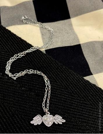 Regala colgantes originales con cadena de acero balnco. Joyería online Happypulseras