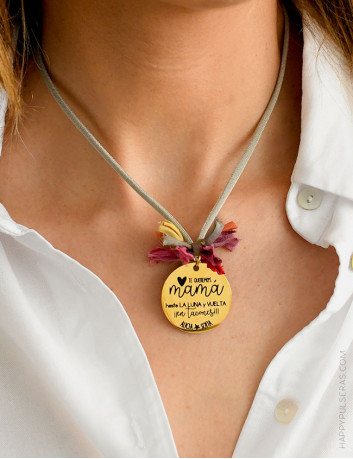 Medallas doradas personalizadas con el mensaje que quieras- grabados especiales en Happypulseras