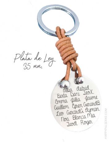Regalos para profesores personalizados, llavero de plata 35 mm. con el nombre de los niños de la clase