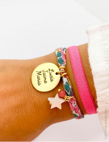 Pulseras de tela Happy, con flores liberty en color rosa chicle- Ideales para regalar, grabados personalizados