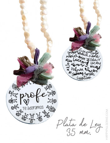 Collar de perlas para profesores grabado a ambas caras, por una cara con dedicatoria y firmas alumnos en la otra