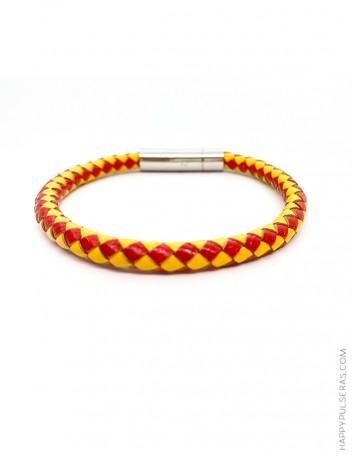 Llévate de recuerdo de España una pulsera con los colores de la bandera, la grabamos con tu nombre- Happy