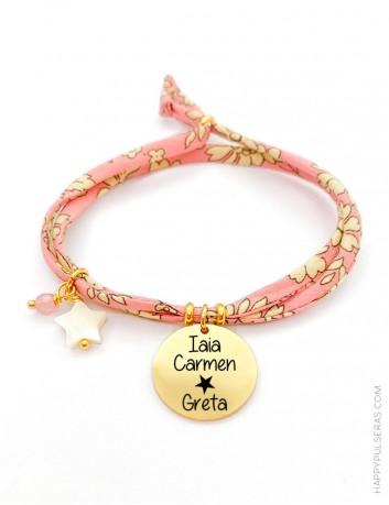 Pulseras tela para verano en colores llamativos con medalla dorada para poner tu nombre- Happypulseras