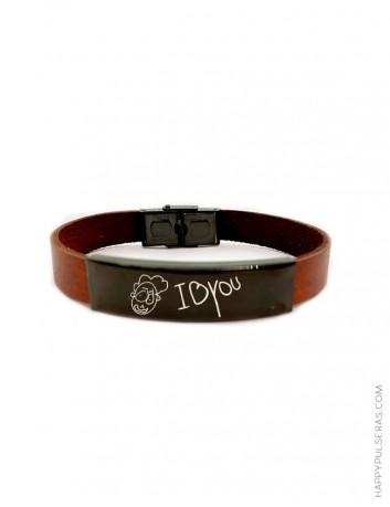 Pulsera cuero marrón con medalla de titanio negro para personalizar - Ajustable a todas las muñecas - Happypulseras