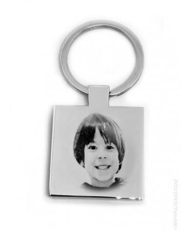 regalo original llavero de acero cuadrado grabado con foto y dedicatoria por detrás para regalo para hombre