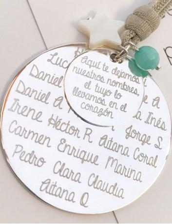 collar plata doble medalla para grabar nombres, frases, dedicatorias... regalo para profesora con nombres grabados de los niños.