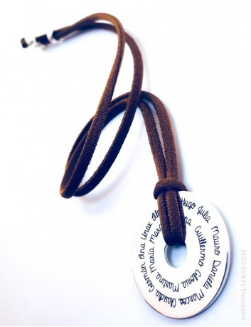jewerly online regalo original para maestro colgante plata con los nombres de los niños grabados